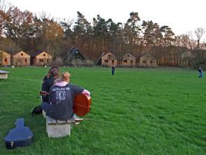 Münchsteinach Wiese mit Hütten